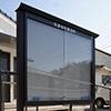 SBXアルミポスター屋外掲示板の製作事例。公園など遊休地部分を利用し掲示板を設置出来ます。